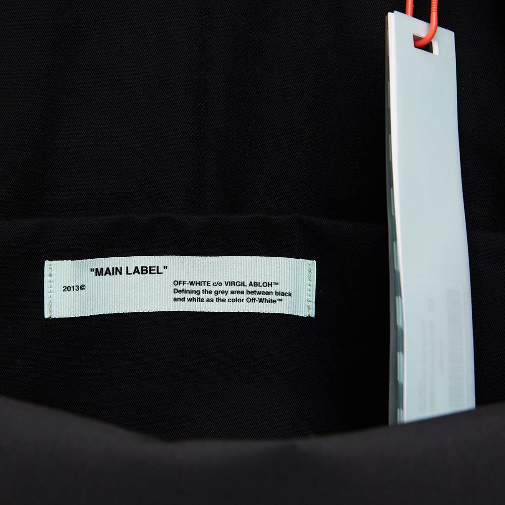 오프 화이트(Off White) 애로우 OMNB003S 19D10016 1088 공용 백팩